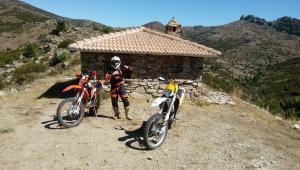 Tour Enduro Sardegna, rifugio sulle montagne