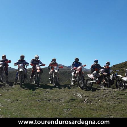 Tour moto offroad in Sardegna, gruppo Cianci e Su2ruote.bike