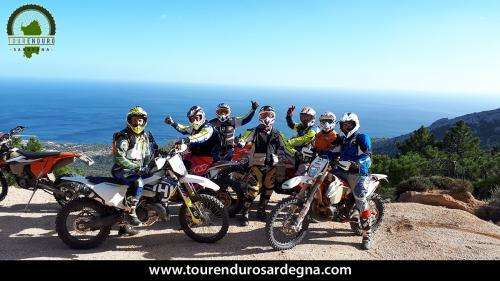 Giorno 2: itinerario tour enduro dalla Barbagia al Mare - da Orgosolo a Cala Gonone