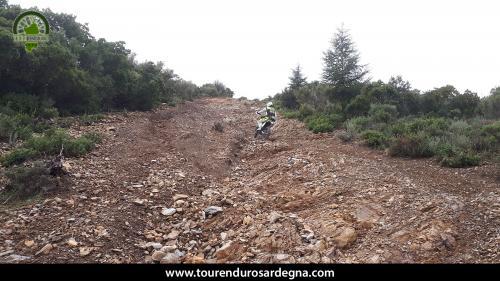 Giorno 4: tour enduro tra fiumi e tagliafuoco in Barbagia